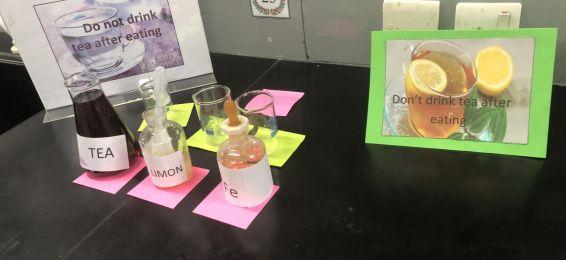 قسم الكيمياء يشارك في فعاليات برنامج (رواء وعطاء)