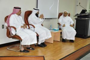 Friendly Meeting between the Dean of the College of Medicine and the Dean of Academic Staff and Employees Affairs