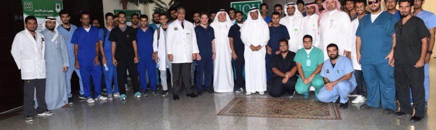 El rector visita la Facultad de Odontología