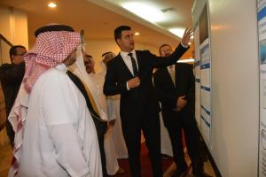UQU Vice President for Educational Affairs Launches the Scientific Posters Exhibition for the Graduation Projects of the Medical Science Students