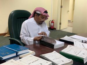 عميد معهد المخطوطات يستقبل المؤرخ الدكتور غيثان بن علي بن جريس