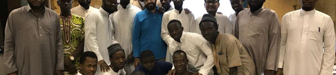 معهد اللغة العربية يختتم الدورة التدريبية (أيامن) بالتعاون مع سالم بن محفوظ وغدن