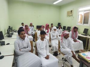 العلوم الصحية بالليث تنظم ورشة عمل عن الإيدز بمدرسة عمر بن الخطاب الثانوية