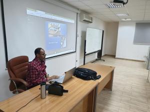 كلية العلوم الصحية بالليث تدرب أعضاء هيئة التدريس على الفصول الافتراضية