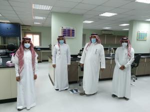وفد إدارة المراجعة الداخلية بجامعة أم القرى يزور كلية العلوم الصحية بالليث