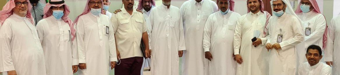 His Excellency the Dean of Library Affairs Honors Mr. Maidh Al-Daadi
