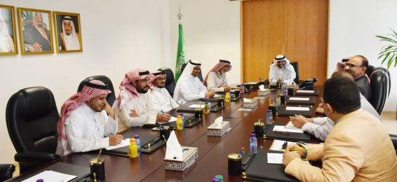 وفد من كلية المجتمع يزور الهيئة السعودية للمواصفات والمقاييس