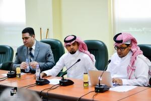 كلية اللغة العربية بأم القرى تضع الحلول العملية للاعتماد الوطني لبرنامج النحو والصرف