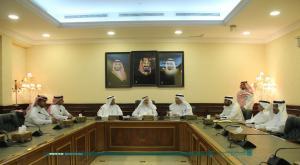 معالي مدير الجامعة يشهد اتفاقية تدريب طلاب الطب على أبحاث الحج والعمرة