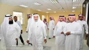 His Excellency the UQU President Inspects the New Building of the General Administration