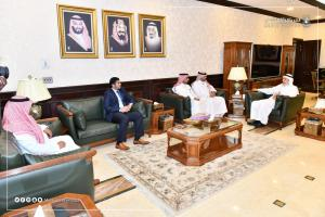 His Excellency the UQU President Meets with the Dean of the Technical College at Makkah