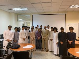 The Vice Deanship of the Joint First Year for Educational Affairs Organizes a Course Entitled: 'Introduction to Engineering Bridges'