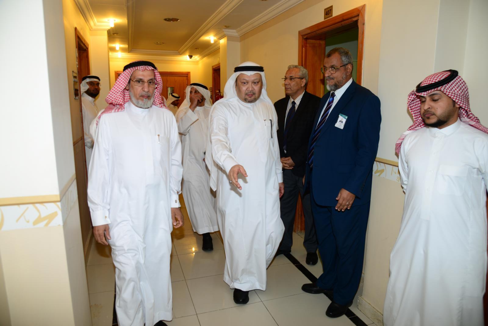 UQU President Checks on Departments and Labs of the Custodian of Two