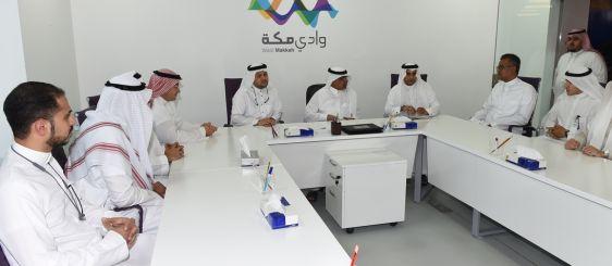 معالي مدير الجامعة يلتقى بمؤسسي الشركات الناشئة بوادي مكة