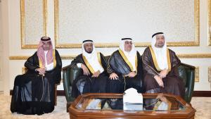Makkah Emir Receives Assessment Study on Numbers of Pilgrims and Umrah Doers Until 1455 H