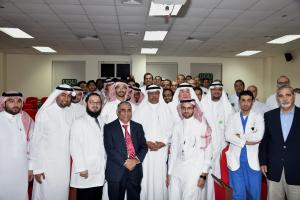 UQU President Launches Activities of the Scientific Research Forum at the College of Dentistry