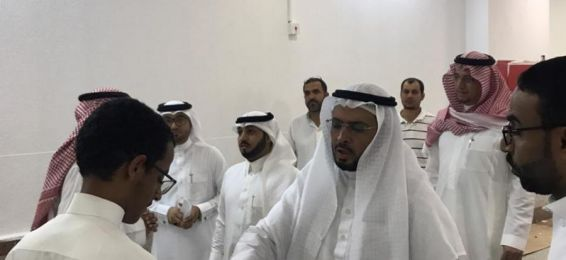 His Excellency the Dean of Al-Qunfudhah University College Inspects the Buildings of the Female Section