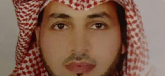 الدكتور يحيى بن مزهر الزهراني مناقشًا خارجيًا لرسالة ماجستير بجامعة جدة